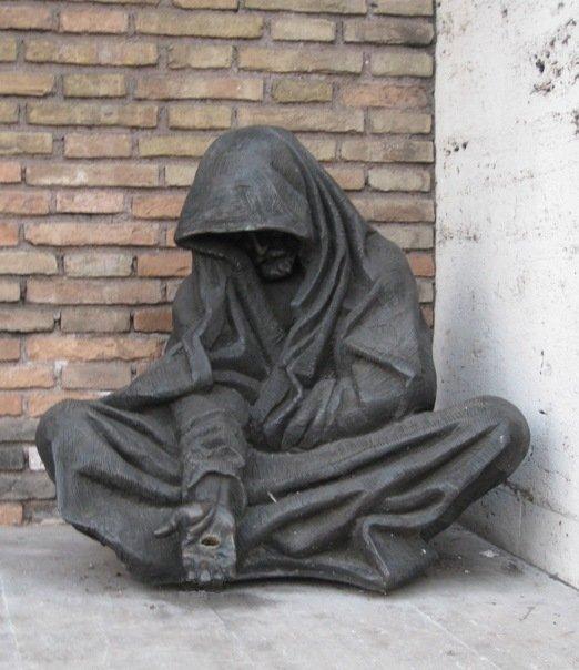statue_in_rome